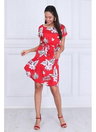 Cottonmood 9343431 Dok.Vis.Desenli Beli Lastikli Yarasa Kol Elbise Siyah Çiçekler Kırmızı